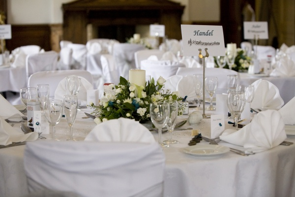 Get an idea of settings for your wedding tables Craig Y Nos
