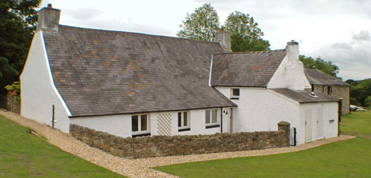 Excellent self catering farmhouse cottage craig y nos